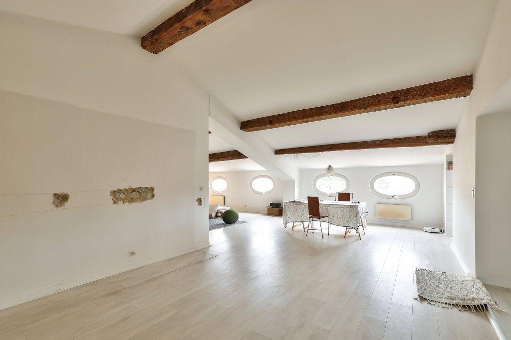 Appartement à vendre 4 129.48m2 à Avignon vignette-8