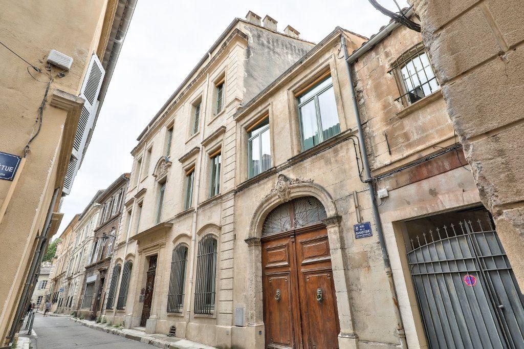 Appartement à vendre 4 129.48m2 à Avignon vignette-12