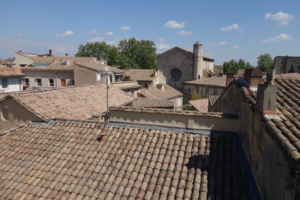Appartement à vendre 4 129.48m2 à Avignon vignette-13