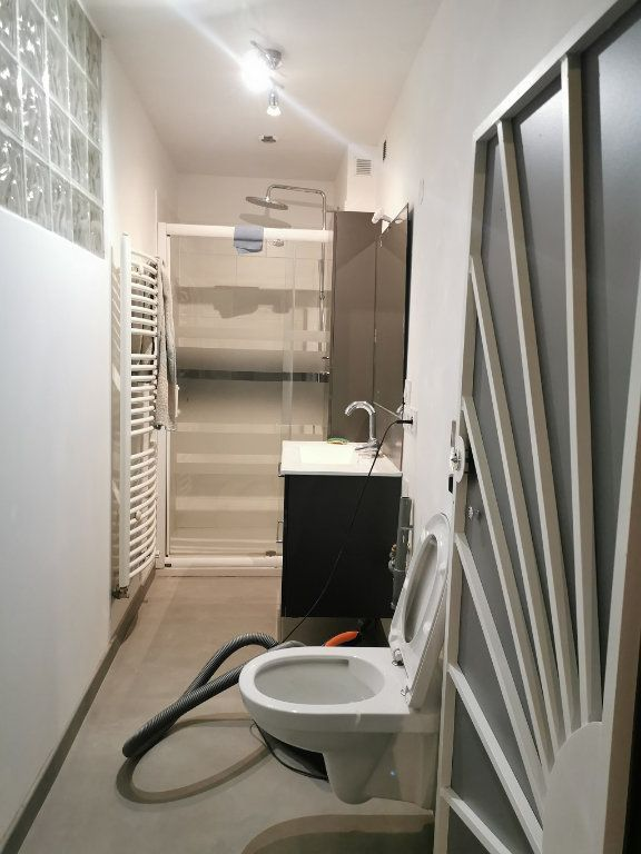 Appartement à louer 2 66m2 à Pujaut vignette-6