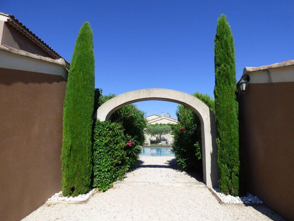 Maison à vendre 6 201m2 à Morières-lès-Avignon vignette-6