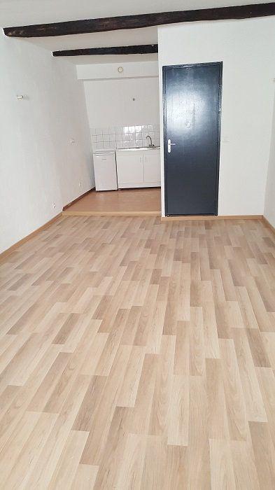 Appartement à louer 2 45m2 à Aups vignette-1