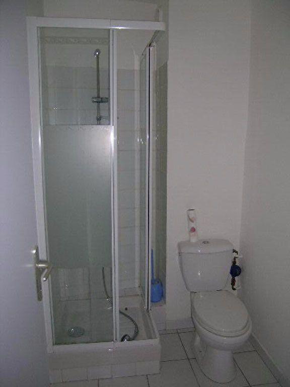 Appartement à louer 2 45m2 à Aups vignette-4