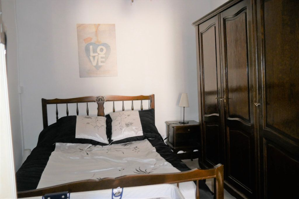Appartement à vendre 2 34m2 à Aups vignette-5