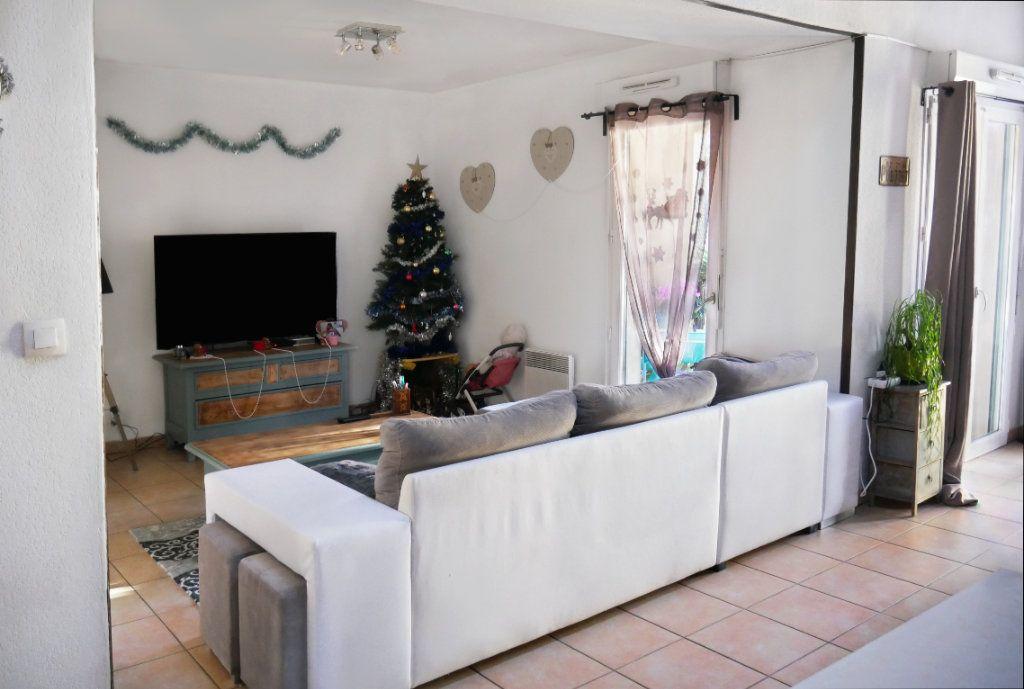 Appartement à vendre 3 68.52m2 à Salernes vignette-1