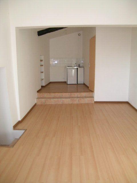 Appartement à louer 2 38m2 à Aups vignette-1