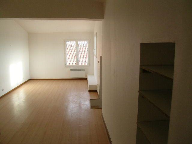 Appartement à louer 2 38m2 à Aups vignette-3