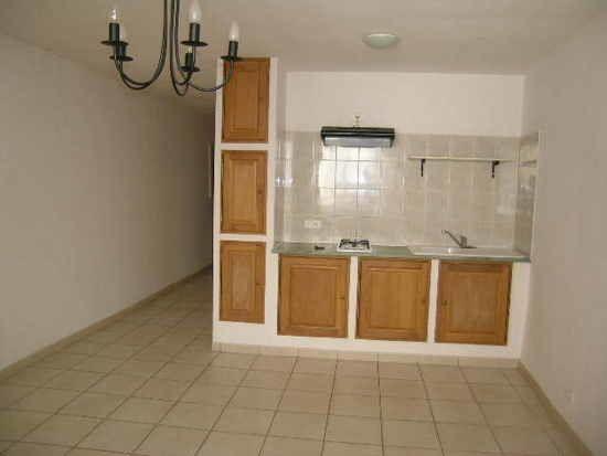 Appartement à louer 2 37m2 à Aups vignette-1