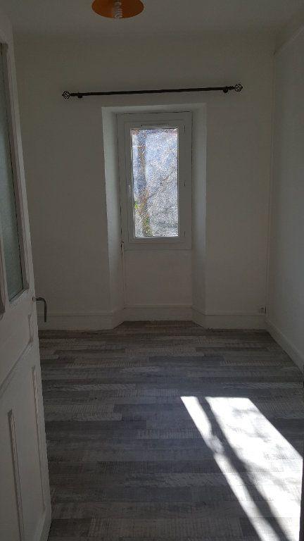 Appartement à louer 2 30.65m2 à Salernes vignette-2
