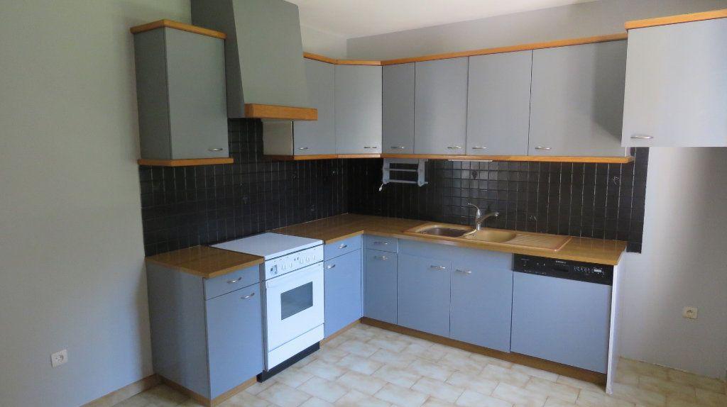 Maison à vendre 6 128m2 à Riez vignette-3