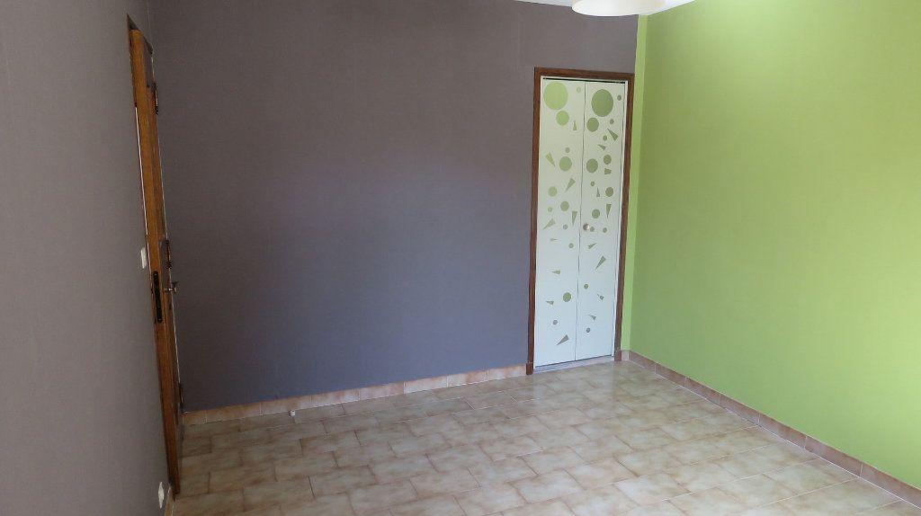 Maison à vendre 6 128m2 à Riez vignette-6