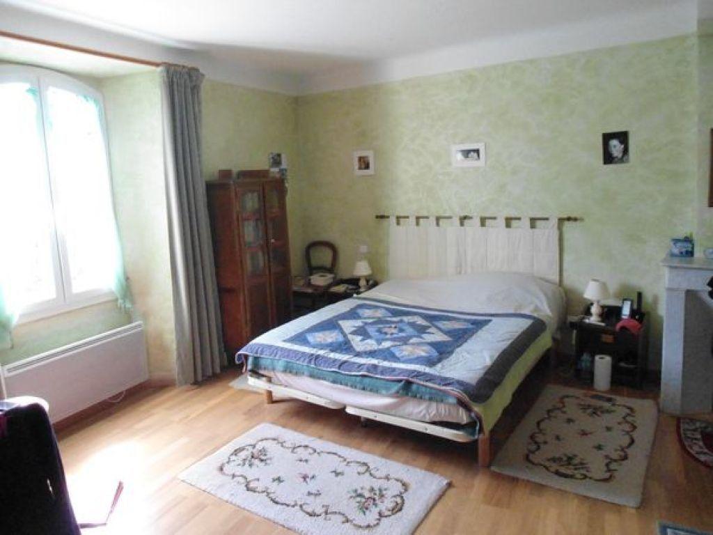 Maison à vendre 4 120m2 à Roumoules vignette-5