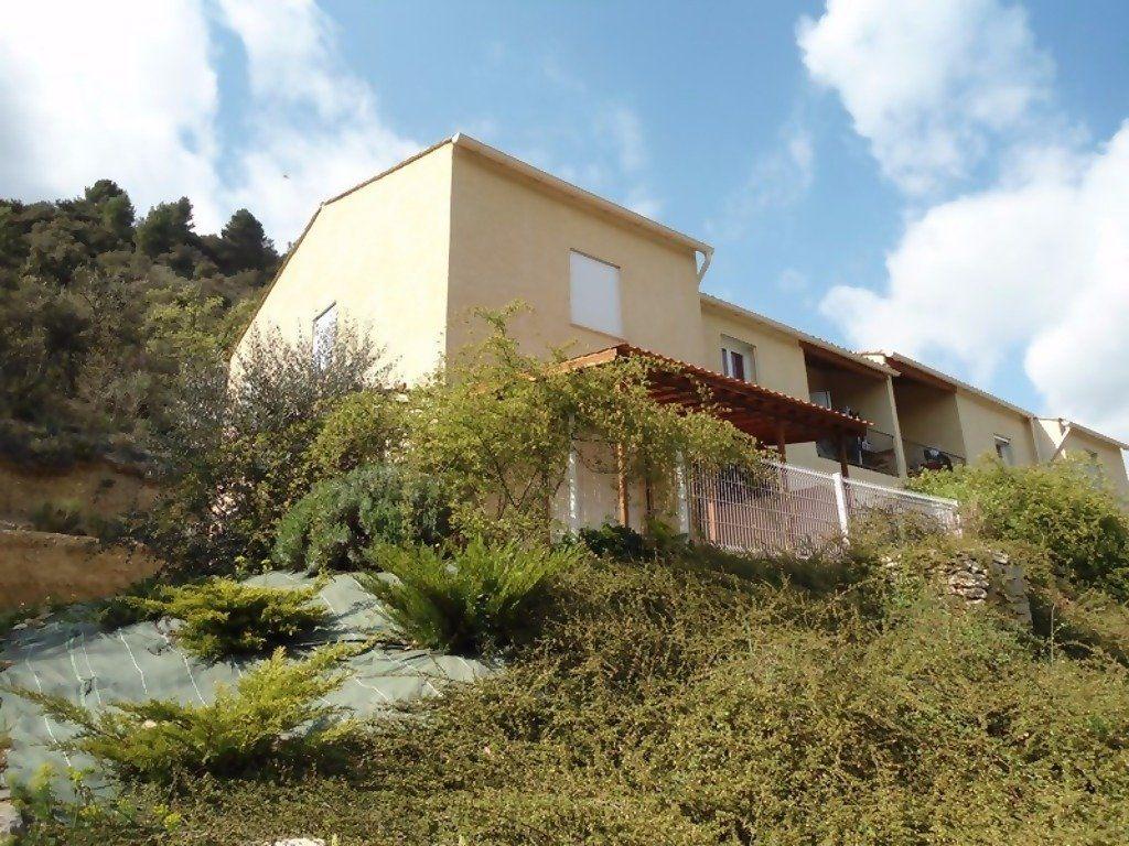 Appartement à louer 4 80m2 à Allemagne-en-Provence vignette-1