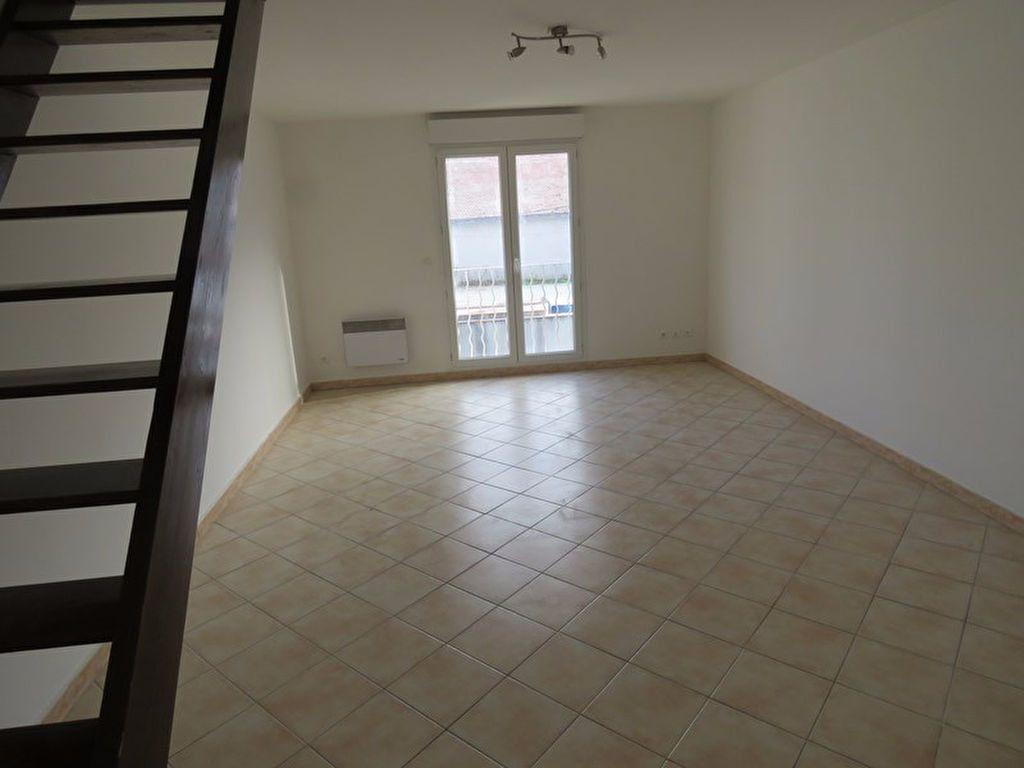 Appartement à louer 3 64m2 à Riez vignette-3