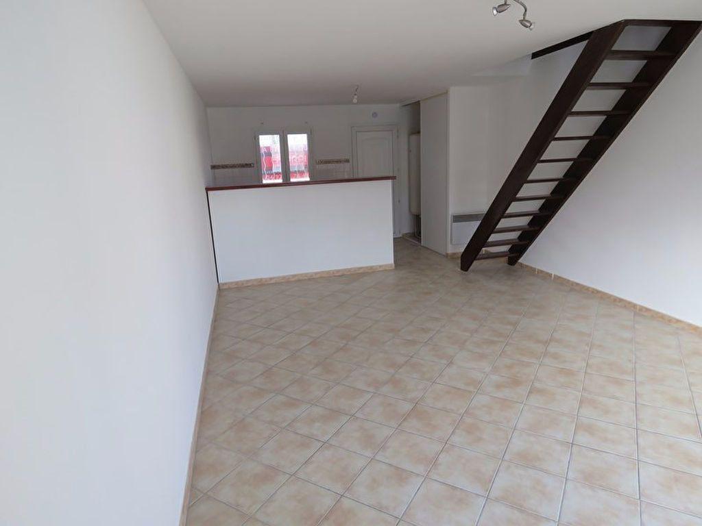 Appartement à louer 3 64m2 à Riez vignette-4