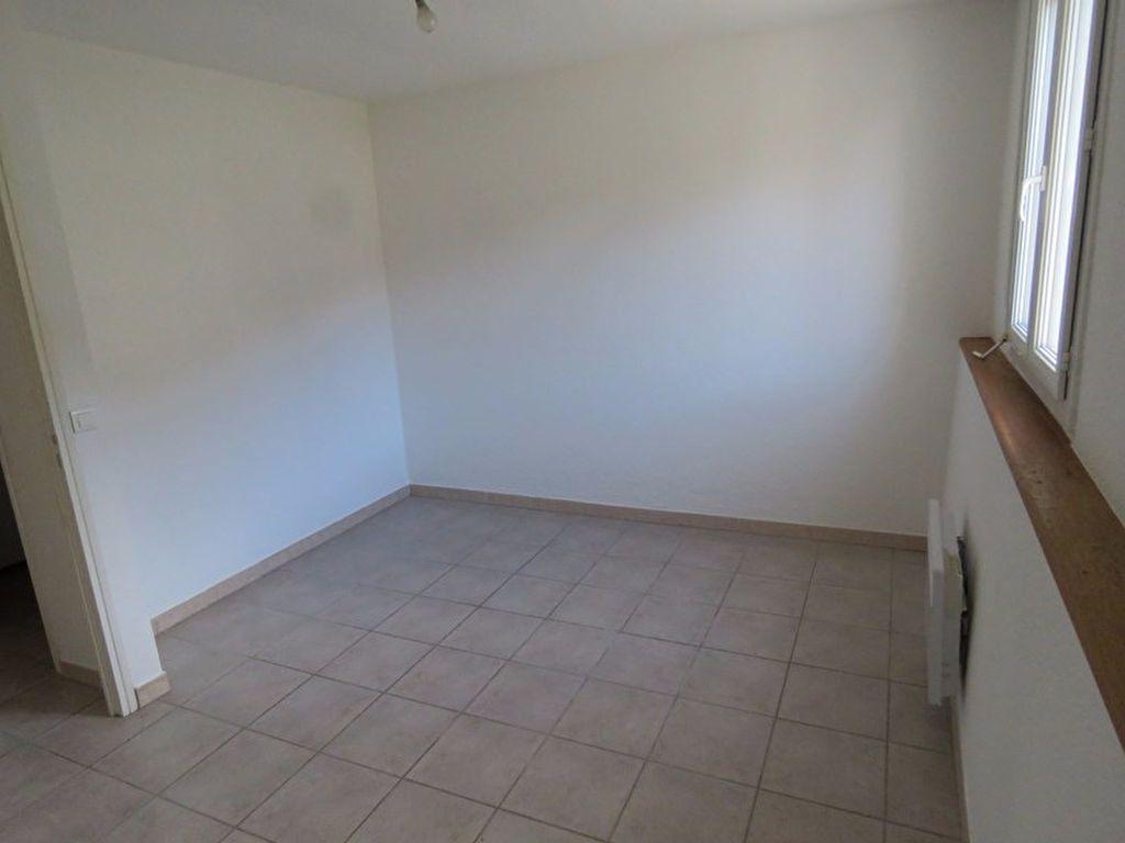Appartement à louer 3 64m2 à Riez vignette-6