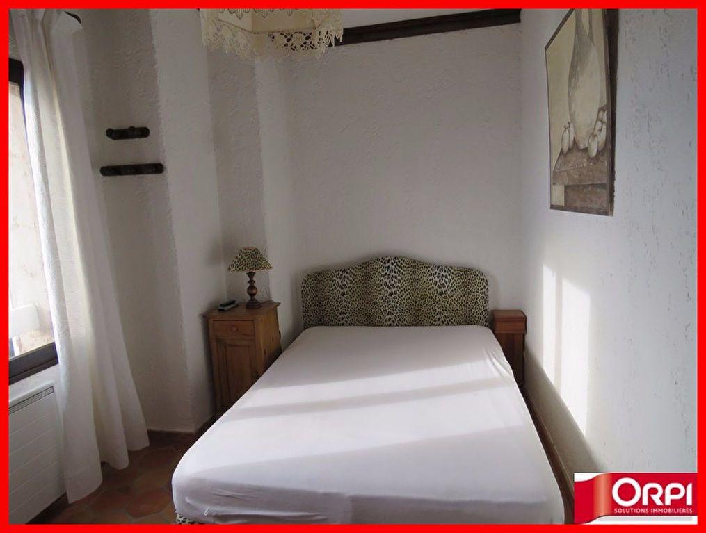 Appartement à vendre 3 56m2 à Sainte-Croix-du-Verdon vignette-5