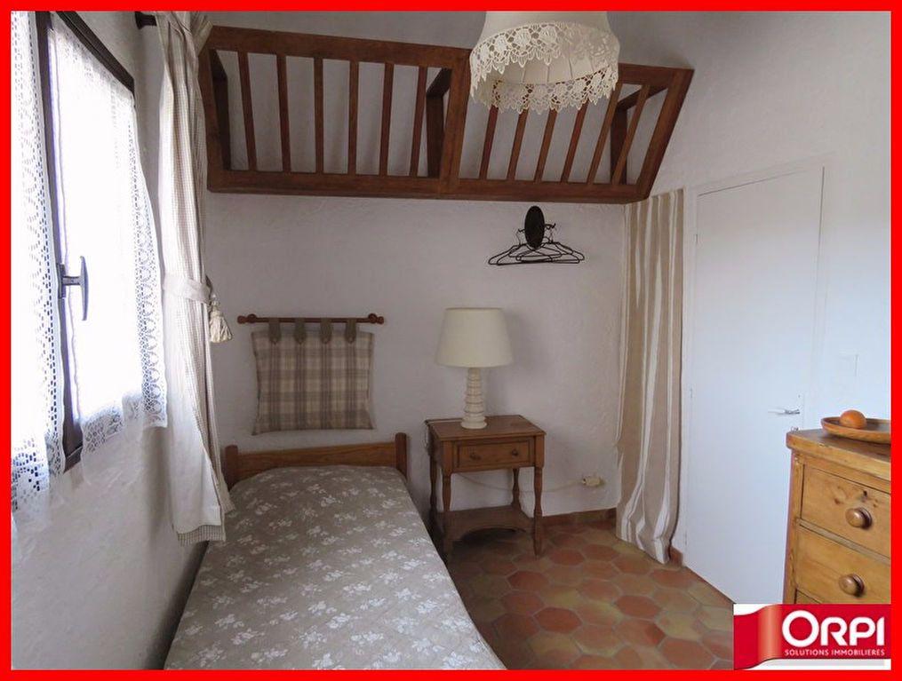 Appartement à vendre 3 56m2 à Sainte-Croix-du-Verdon vignette-6