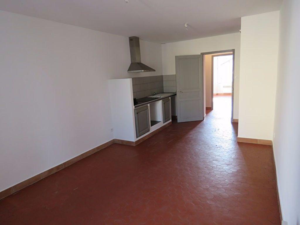 Appartement à louer 2 46.6m2 à Riez vignette-1