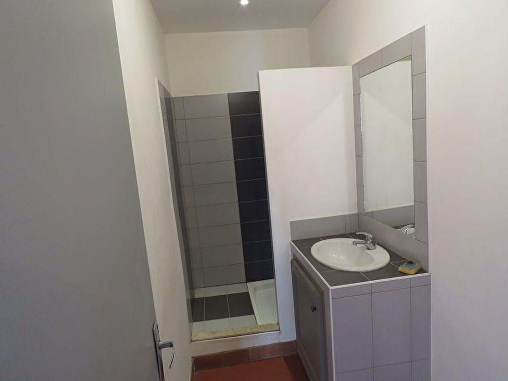 Appartement à louer 2 46.6m2 à Riez vignette-6