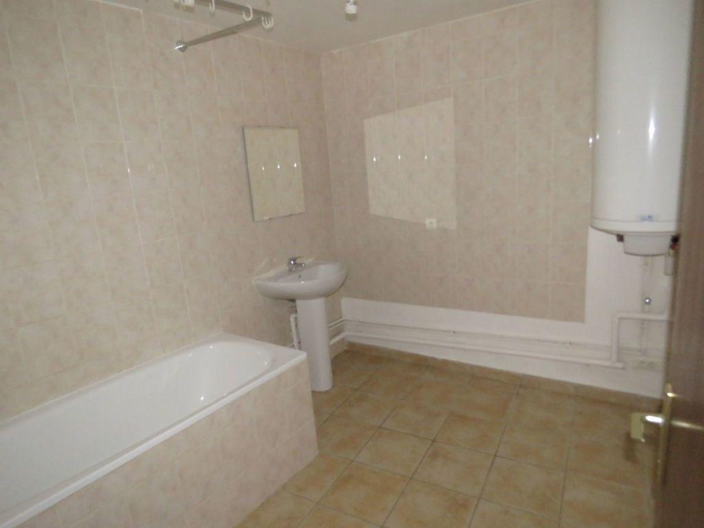 Appartement à vendre 2 64m2 à Riez vignette-4