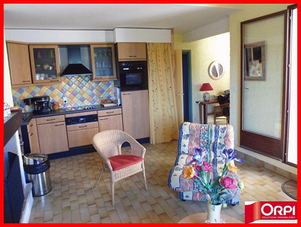 Appartement à vendre 3 50m2 à Sainte-Croix-du-Verdon vignette-3