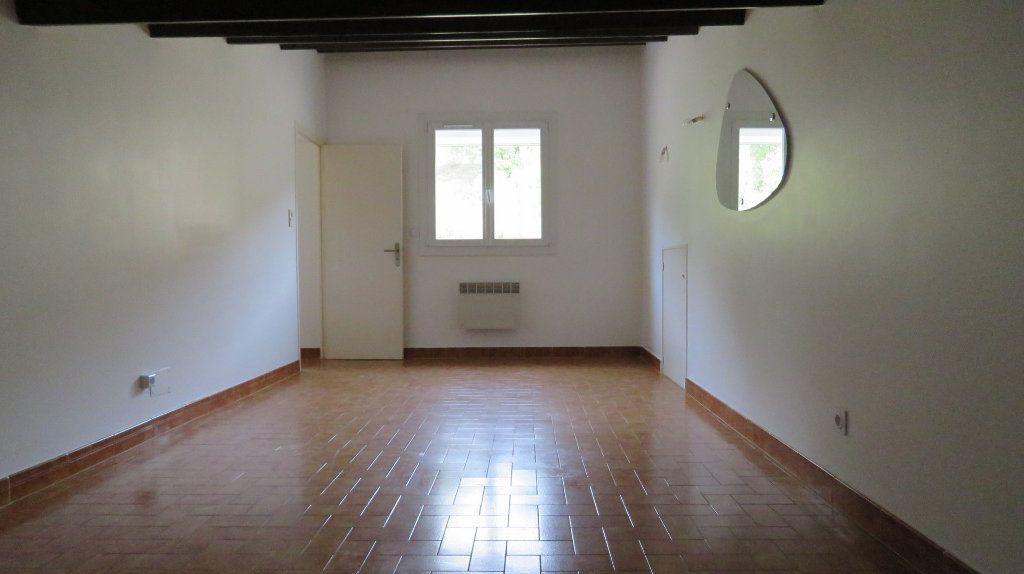 Appartement à louer 3 65m2 à Riez vignette-6