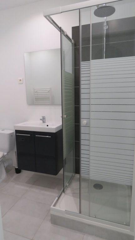 Appartement à louer 1 20.18m2 à Riez vignette-3