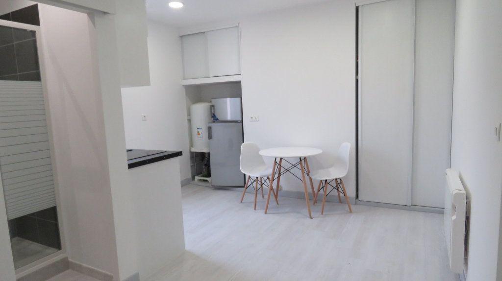 Appartement à louer 1 20.18m2 à Riez vignette-4