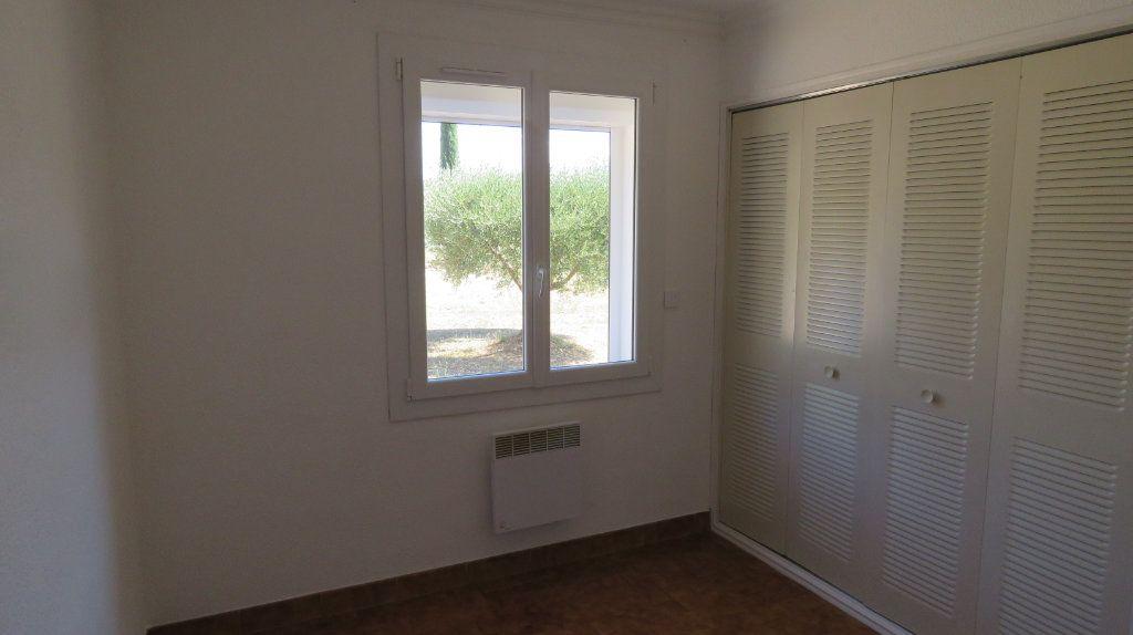 Appartement à louer 4 75.77m2 à Riez vignette-3