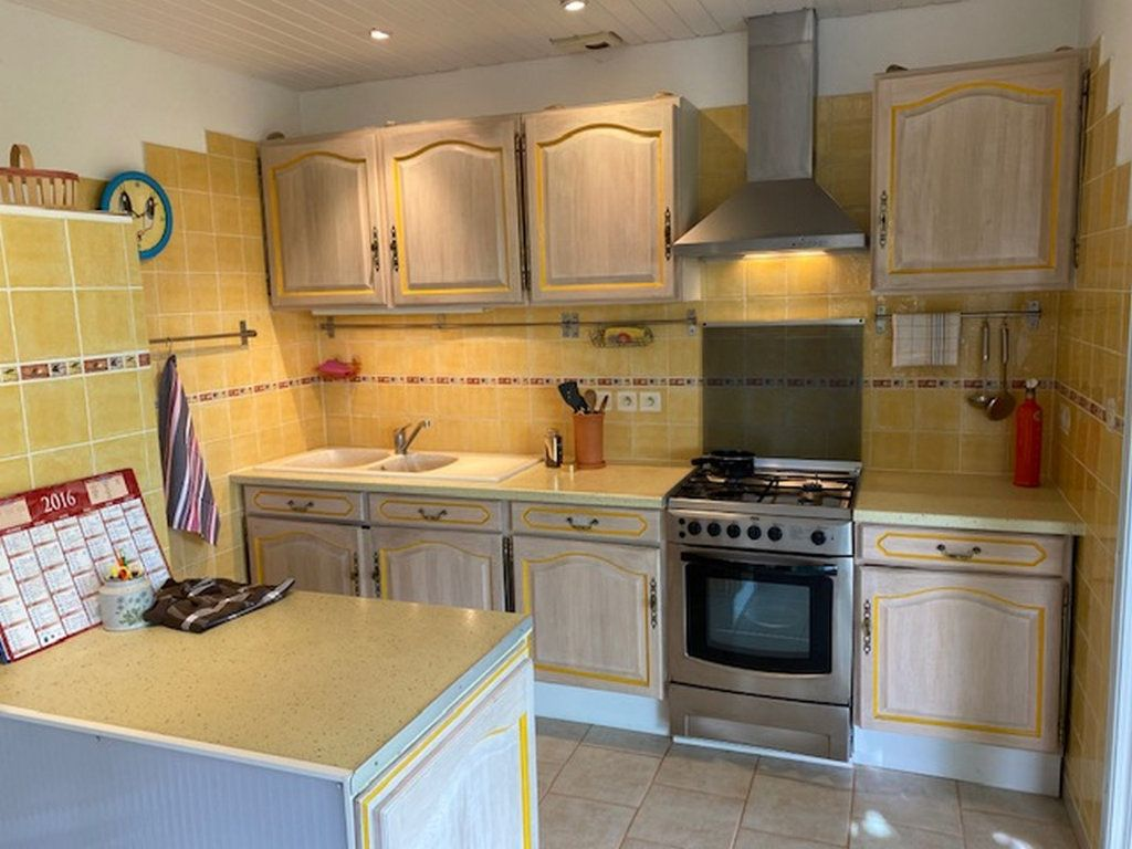 Maison à vendre 3 75m2 à Montagnac-Montpezat vignette-4