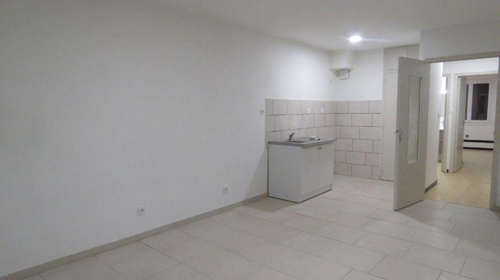 Appartement à louer 2 44.24m2 à Riez vignette-1