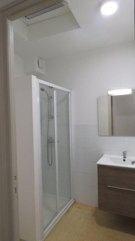 Appartement à louer 2 44.24m2 à Riez vignette-3