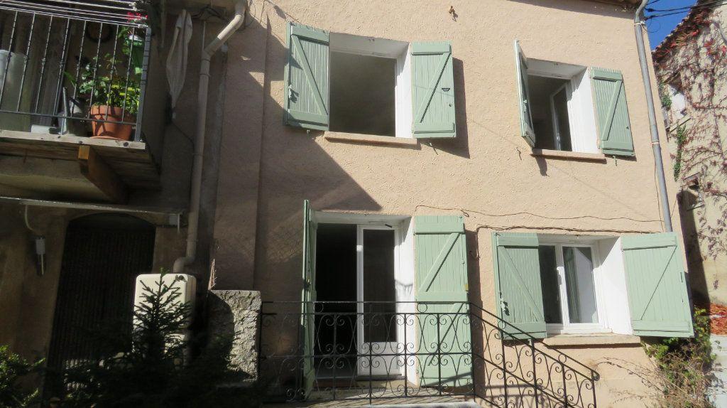 Maison à louer 4 99m2 à Puimoisson vignette-1