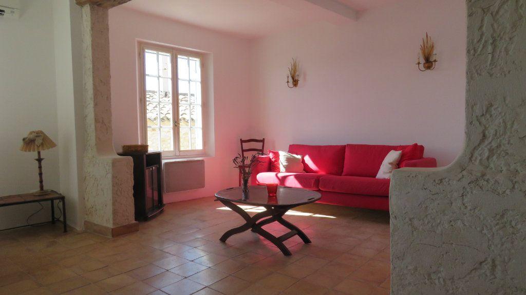 Appartement à louer 3 108m2 à Sainte-Croix-du-Verdon vignette-7