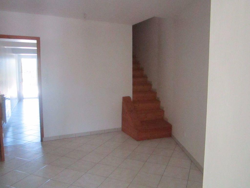 Maison à louer 4 57m2 à Aubignosc vignette-2