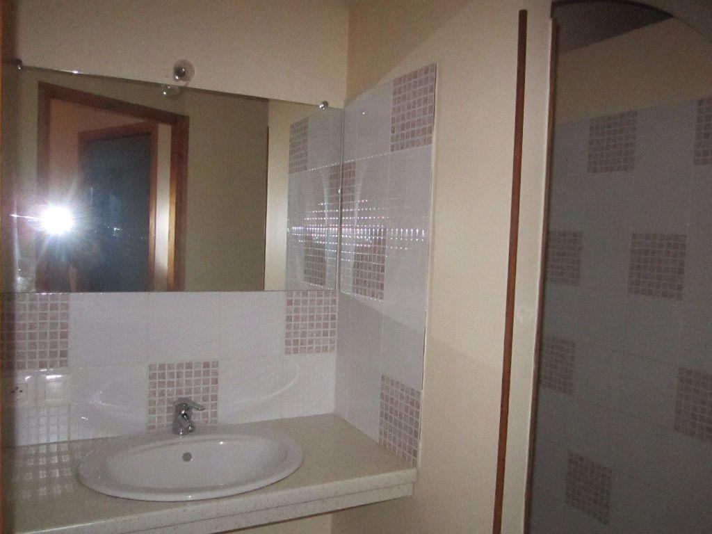 Maison à louer 4 57m2 à Aubignosc vignette-5