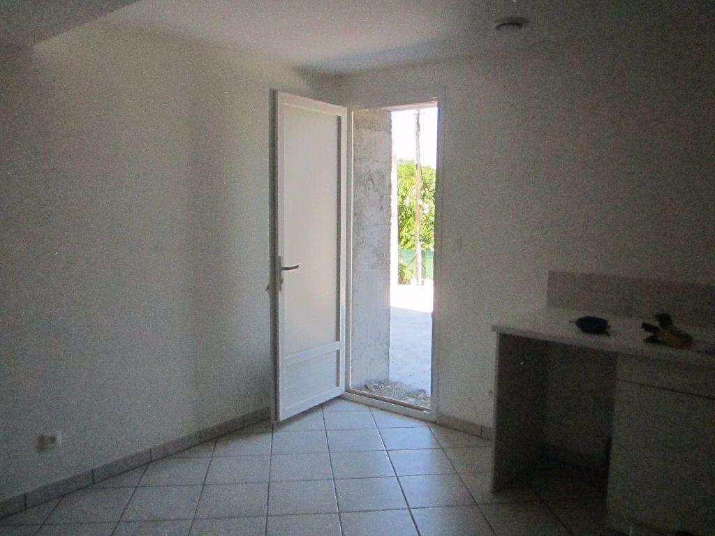 Maison à louer 4 57m2 à Aubignosc vignette-6