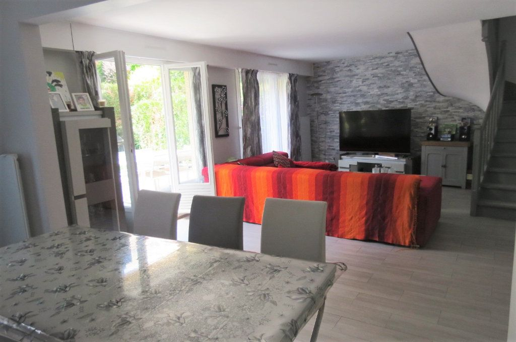 Appartement à vendre 6 115.37m2 à Vaujours vignette-5