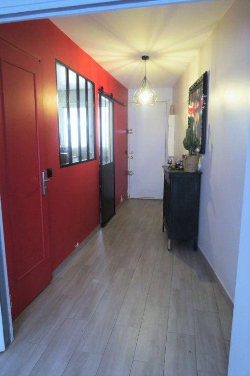 Appartement à vendre 6 115.37m2 à Vaujours vignette-6
