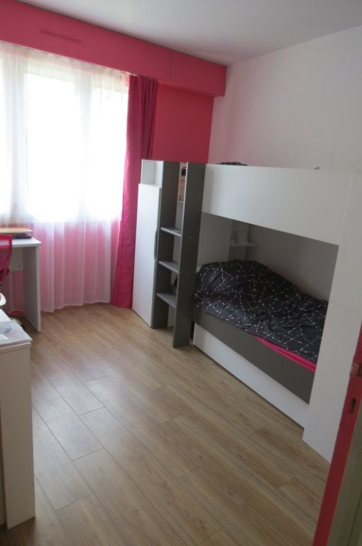 Appartement à vendre 6 115.37m2 à Vaujours vignette-9
