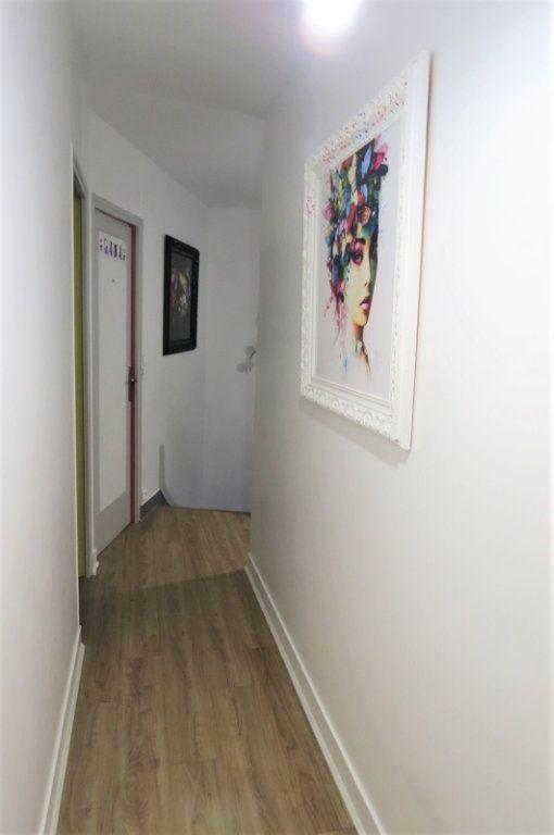 Appartement à vendre 6 115.37m2 à Vaujours vignette-16