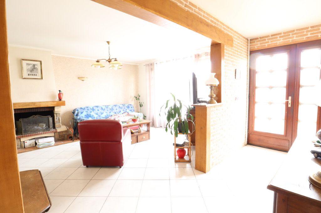 Maison à vendre 7 147m2 à Tremblay-en-France vignette-2
