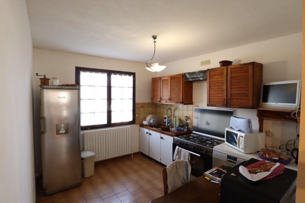 Maison à vendre 7 147m2 à Tremblay-en-France vignette-5