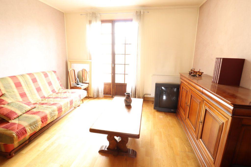 Maison à vendre 7 147m2 à Tremblay-en-France vignette-6