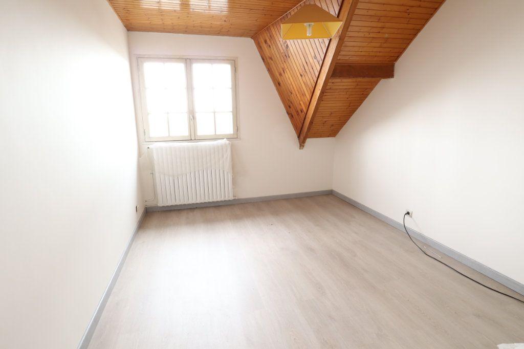 Maison à vendre 7 147m2 à Tremblay-en-France vignette-10