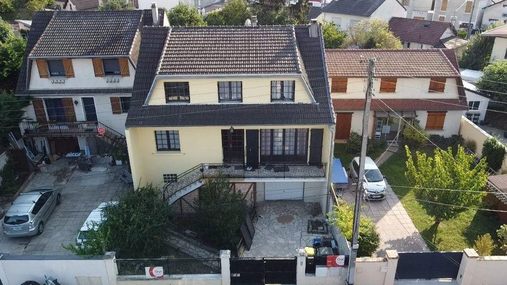 Maison à vendre 7 147m2 à Tremblay-en-France vignette-13