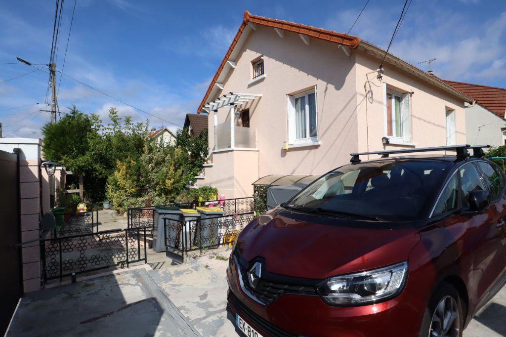 Maison à vendre 5 91.12m2 à Tremblay-en-France vignette-11