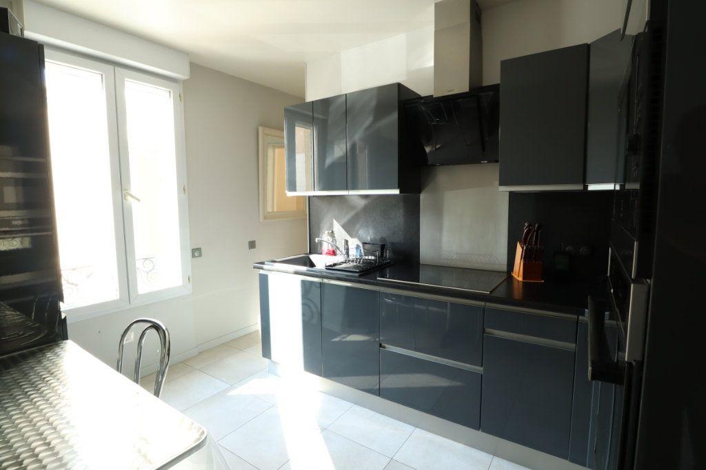 Maison à vendre 6 113.44m2 à Romainville vignette-3