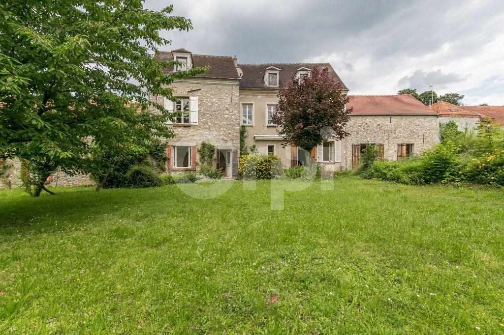 Maison à vendre 10 254m2 à Croissy-Beaubourg vignette-4